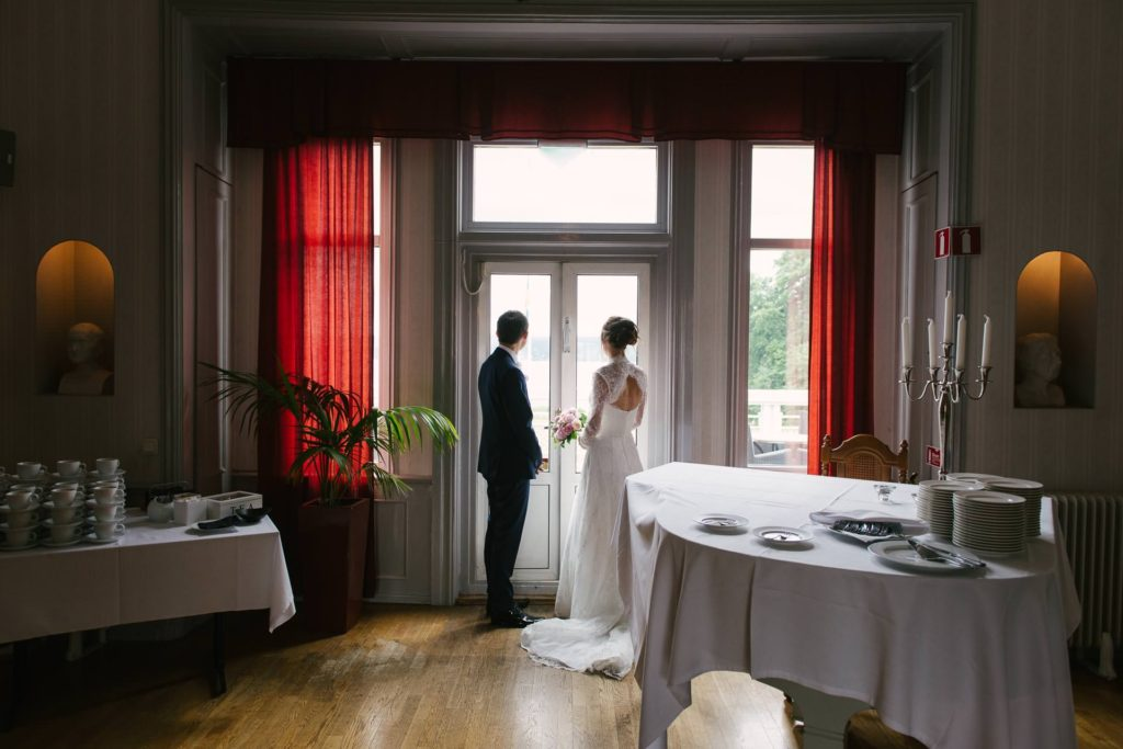 wedding-couple-gothenburg-sweden-aspenas-lerum-147-1024x683.jpg
